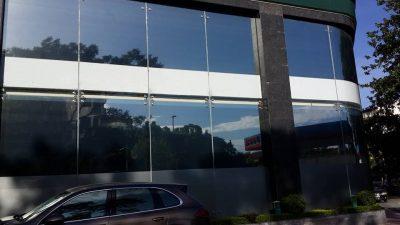 Giấy dán kính chống nắng (3)